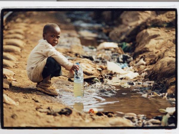 Kenyadan çocuk manzaraları