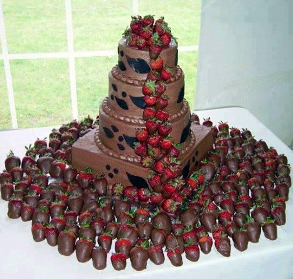 çilekli çikolatalı çocuk pasta modelleri