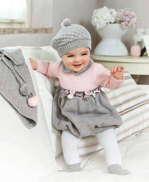 çok şirin kız bebek elbise modelleri