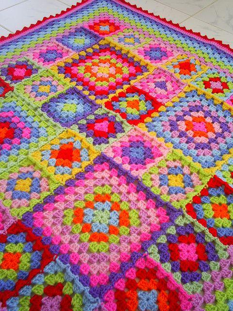 örgü motifli asimetrik battaniye modeli