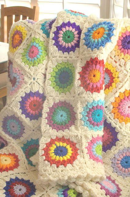 halkalı motifli örgü battaniye modeli