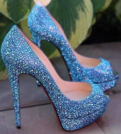 mavi taşlı şık bayan ayakkabı modelleri
