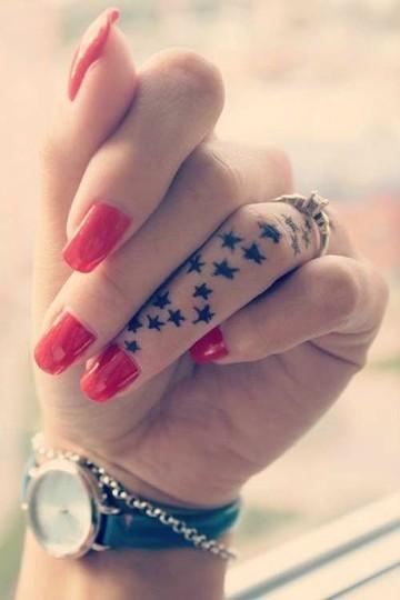 parmakta yıldız dövme modelleri