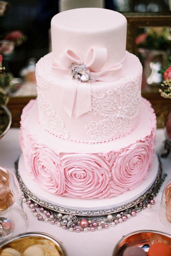 pembe gül motifli gelin pastası modelleri