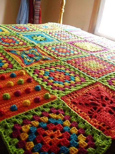 renkli motifli battaniye modeli