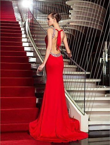 sırt dekolteli şık gece elbise modelleri