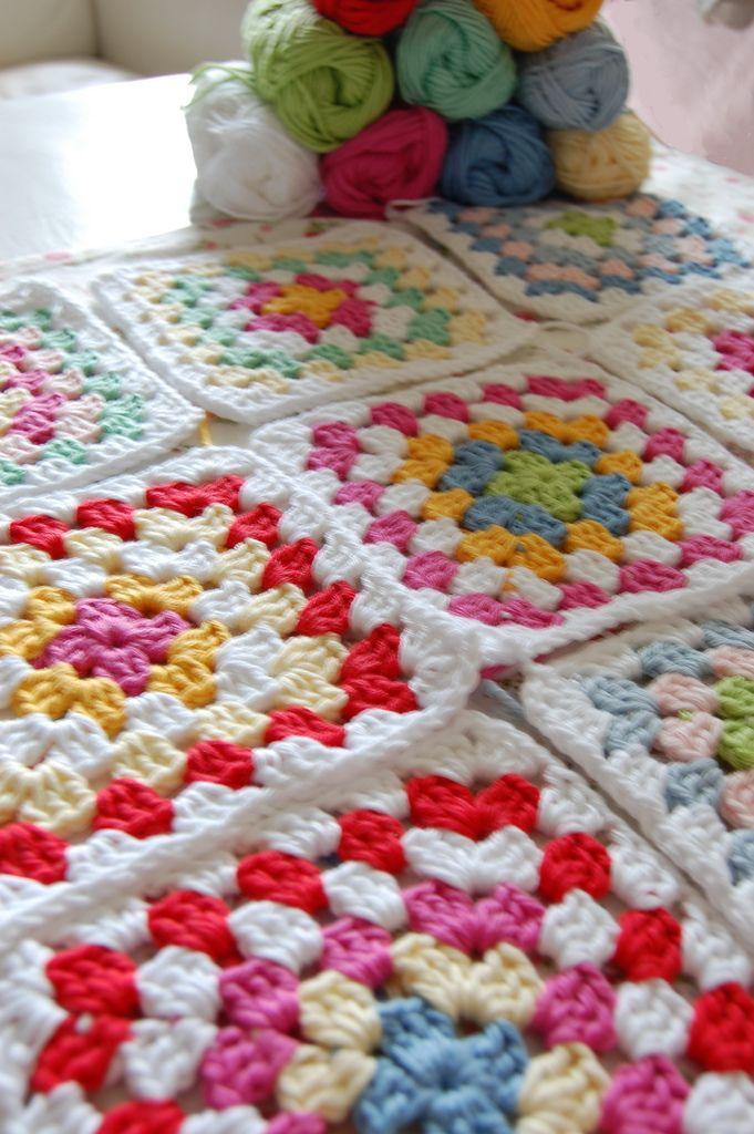 yeni motifli örgü battaniye modeli