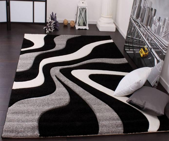 dalgalı siyah beyaz şık halı modası