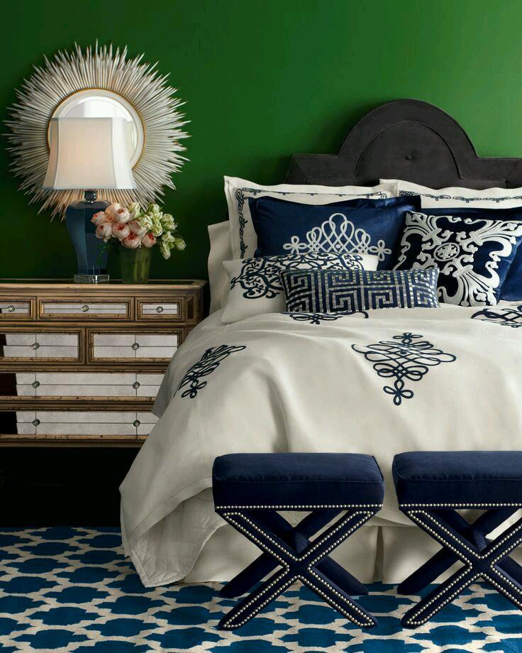 laci beyaz görkemli yatak örtüsü modeli