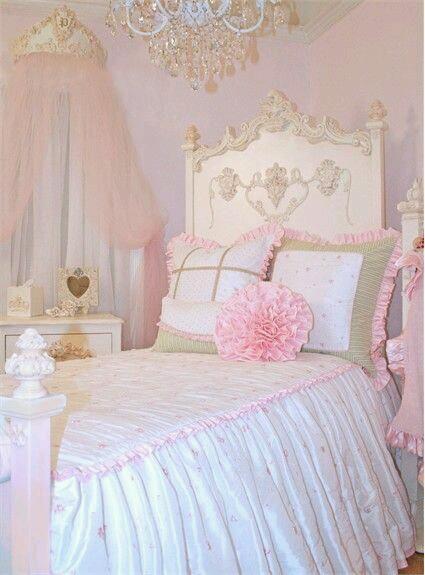 pembe ruffle yatak örtüsü modeli