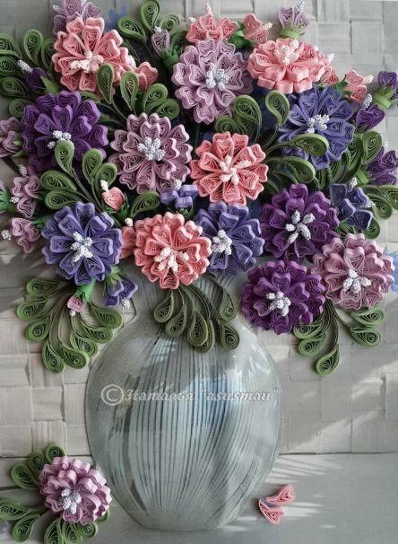 vazoda çiçek görünümlü modern duvar süsü çeşitleri