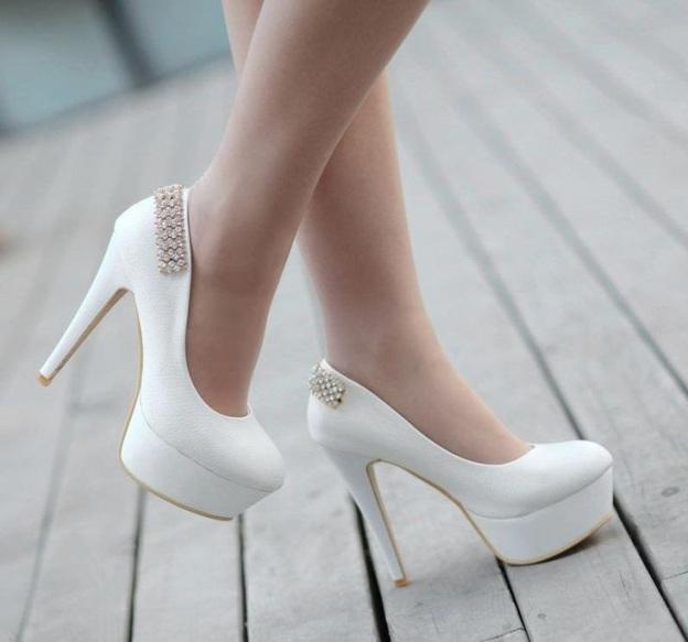 yeni sezon şık beyaz platform ayakkabılar