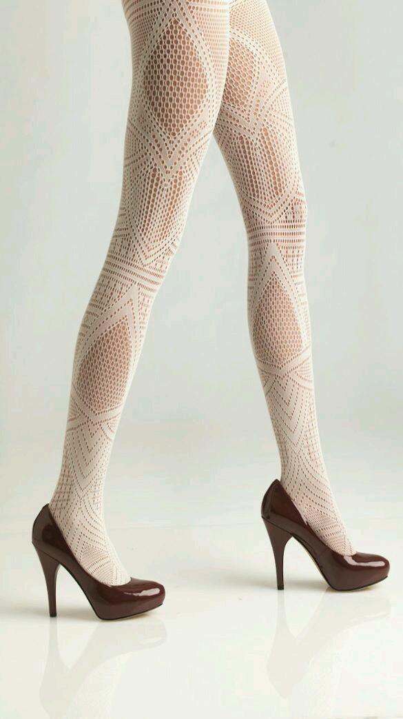 beyaz file mus çorap modeli