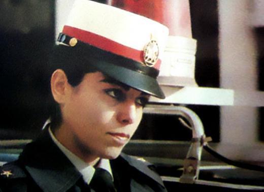 İslami devrim öncesinde bir İranlı kadın subay