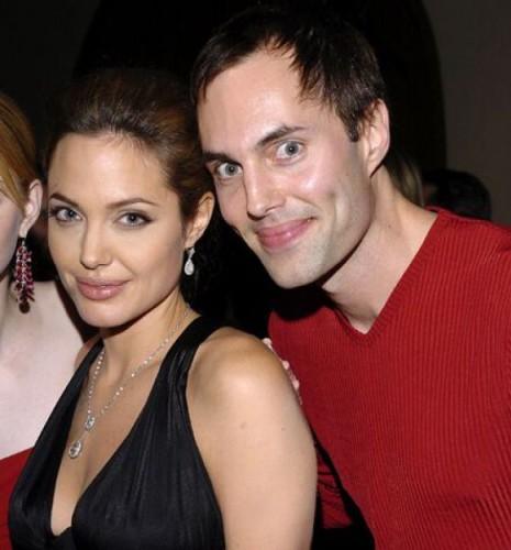 Angelina Jolie ve erkek kardeşi