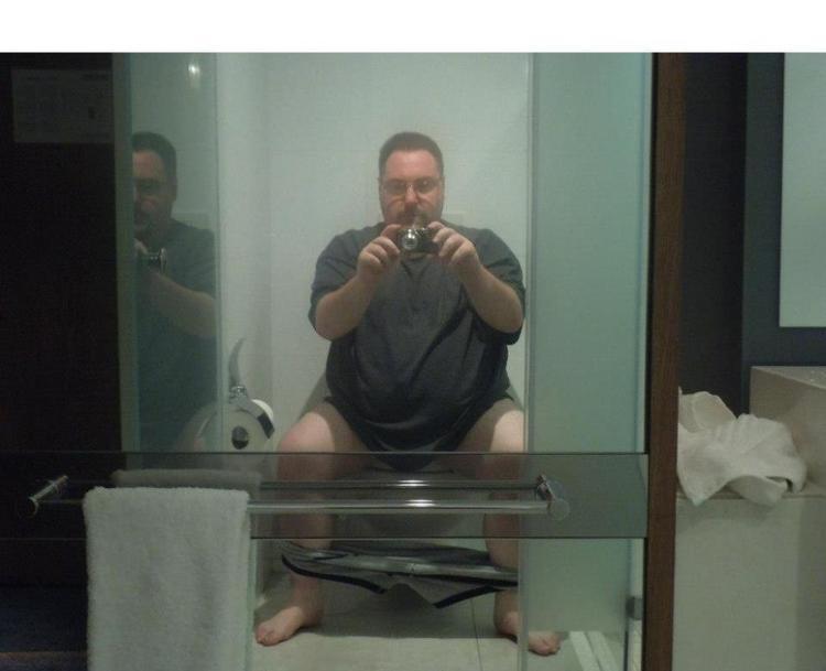 Bakalım tuvalette nasıl görünüyorum