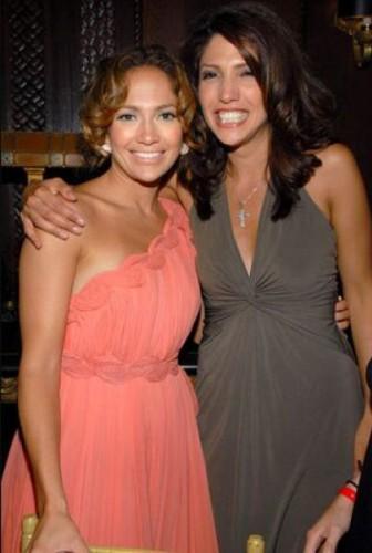 Jennifer Lopez ve kız kardeşi