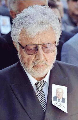 Zeki Alasya'nın cenaze töreninde Metin Akpınar