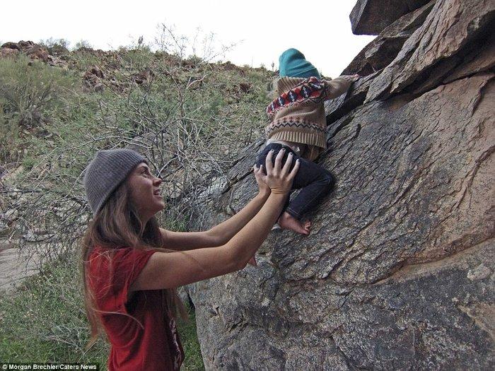 Küçük kızını doğada büyütmeyi hedefliyor