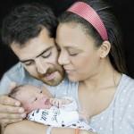 3 Defne-Joy-Foster'in-Oğlu-Delikanlı-Oldu-Annesinin-Kopyası-Oldu-
