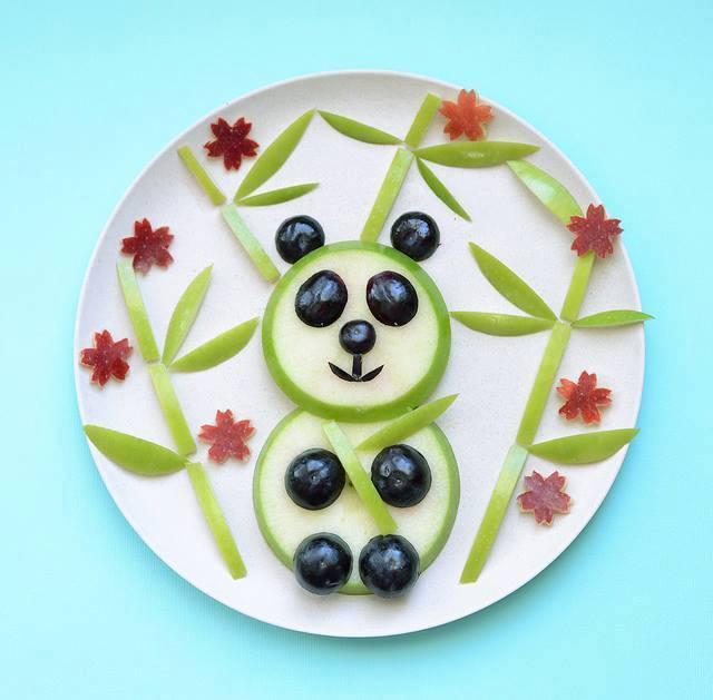 Çocuklar için eğlenceli tabaklar